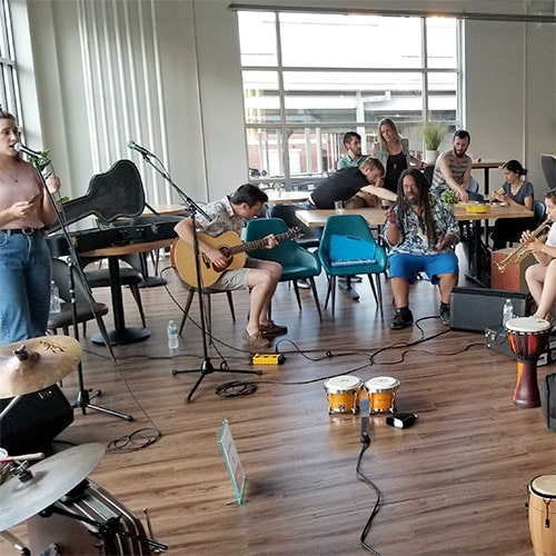 workhaus-market-hosts-beer-and-music-jam-session-03