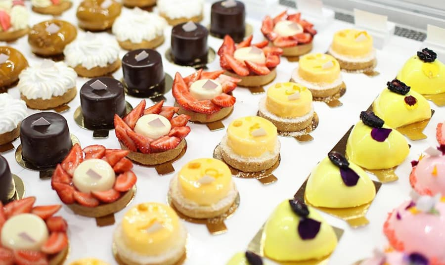 dessert-shops-close-to-workhaus-Nadege-Patisserie