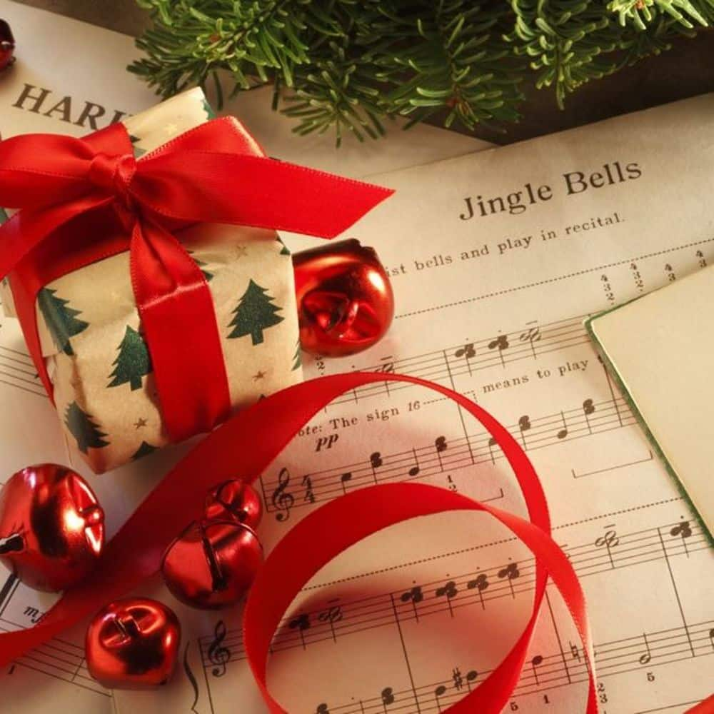 classic-holiday-music-2