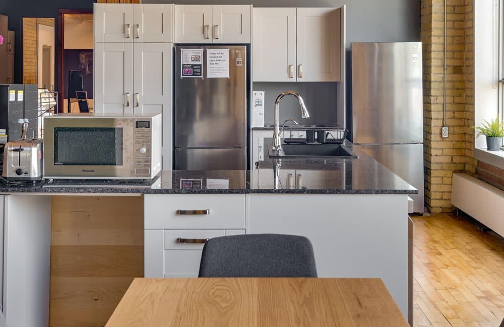 Workhaus 215 Spadina Avenue - Kitchen